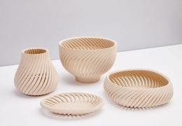 Ив Бехар изготовил предметы домашнего обихода из переработанных древесных отходов с помощью 3D-печати.
